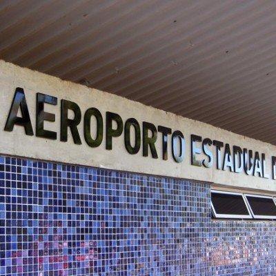 Letreiro de identificação - Aeroporto Leite Lopes