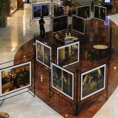 Exposição de fotografias em shopping