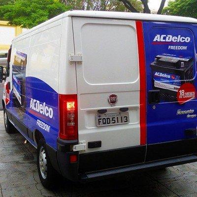 Adesivagem de Van - AC Delco