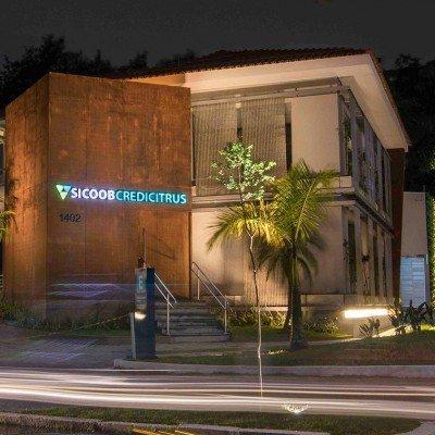 Letreiros em acrílico com led - backlight - Sicoobcredicitrus São Paulo